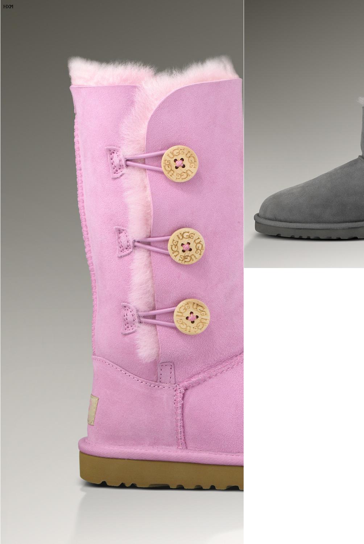 ugg women s bailey button triplet boots (black)
