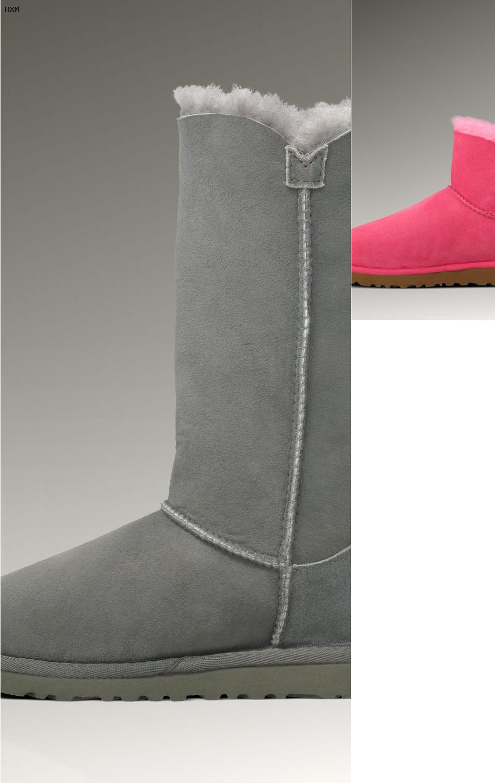 ugg women s dakota moccasin slippers
